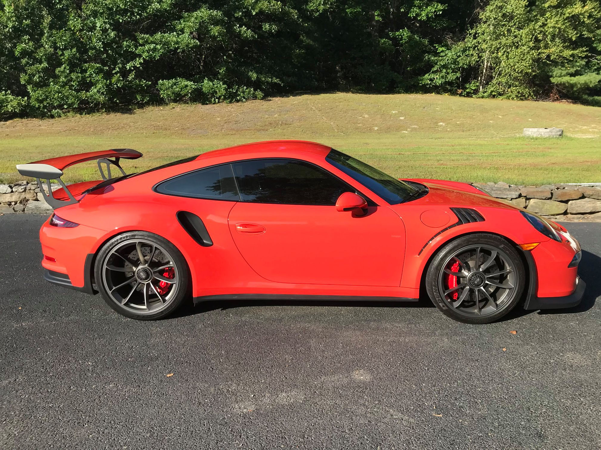 2016 Porsche 911 GT3 RS in Lava Orange