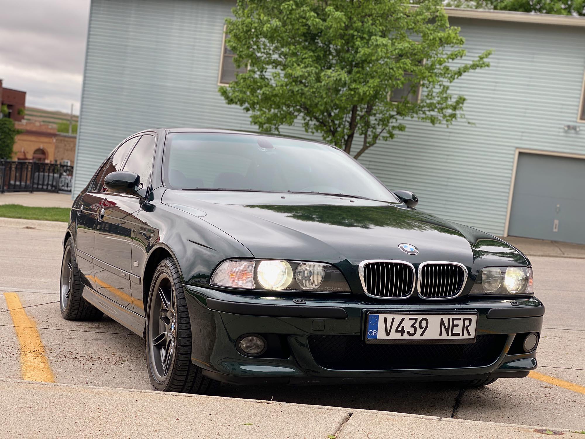 2000 BMW M5 Sedan