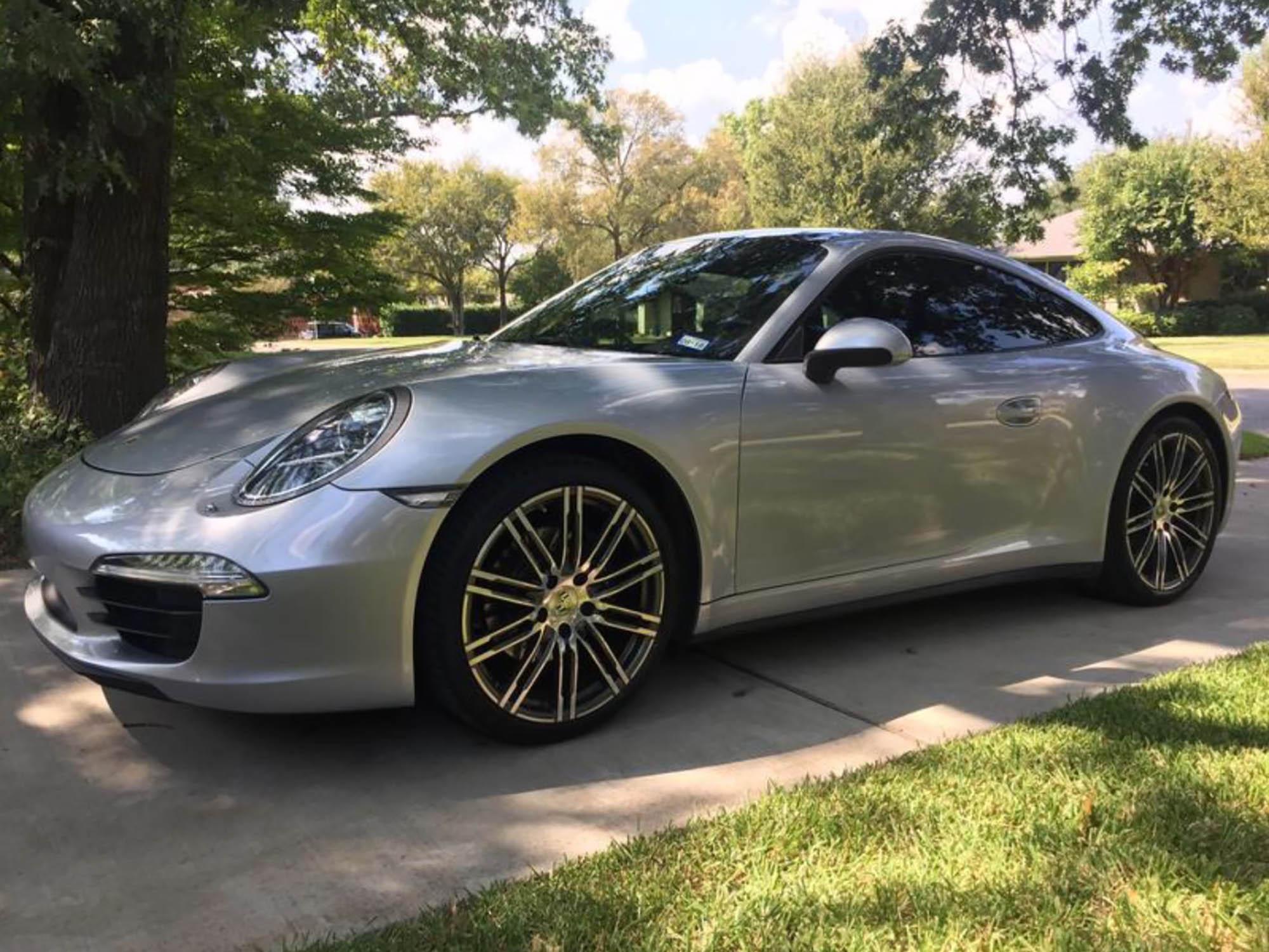 2015 Porsche 911 Carrera 4 Coupe
