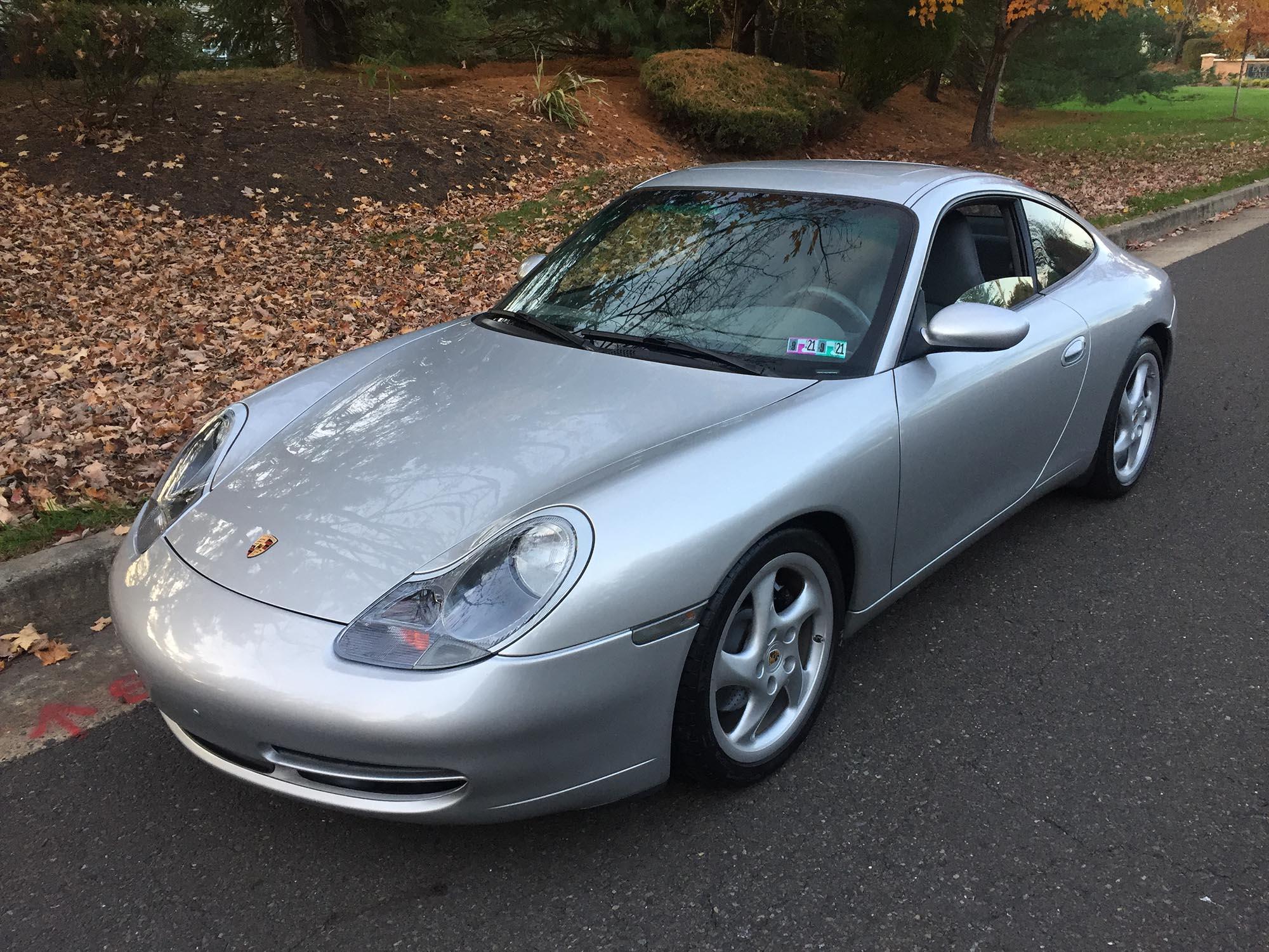 1999 Porsche 911 Carrera Coupe