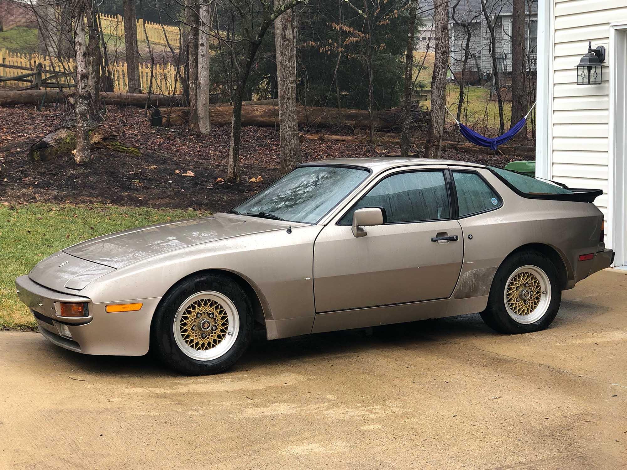 1983 Porsche 944 Coupe